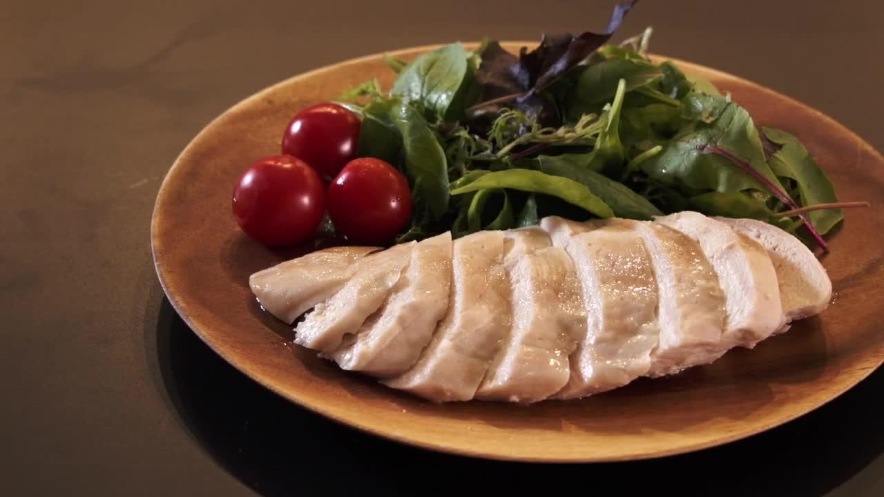 明治アミノコラーゲン MEN コラーゲンIN男飯「旨味しっかり自家製サラダチキン」