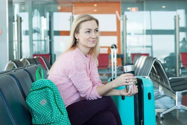 旅行情報や観光地情報を駅や空港で放映し、集客に貢献