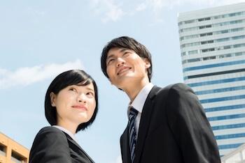 新卒採用サイトで、<br>会社の魅力を紹介